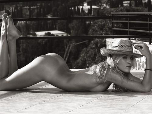 1180206135902.thumbnail Black And White Nude with fashionable hat.  what a nice hat!