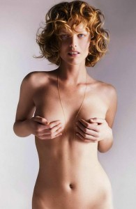 milla jovovich covering her beautiful body 195x300 milla jovovich covering her beautiful body