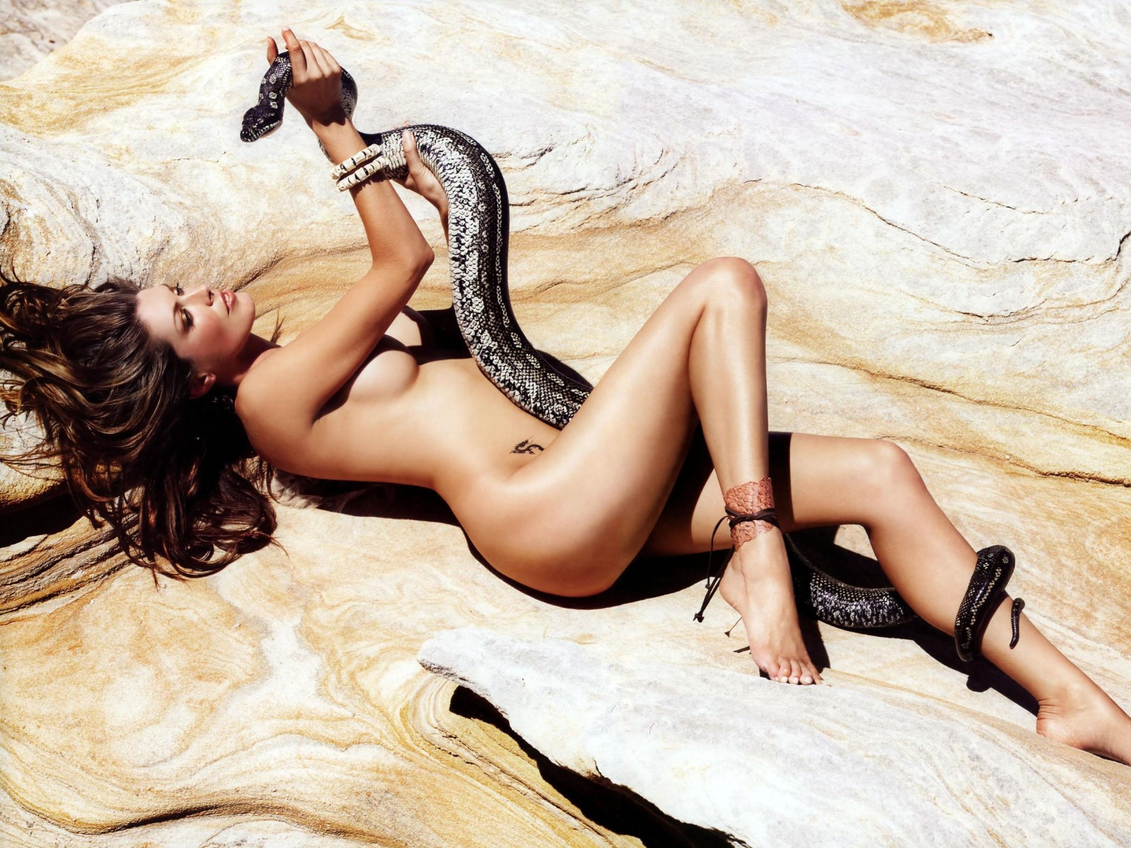 Sexy gallaries with snakes porn pic