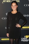 05868 OliviaMunnLiveStrong4 122 488lo 99x150 Olivia Munn   See through dress
