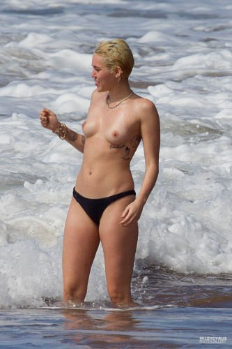 Miley Cyrus – Topless in Hawaii 11 333x500 Miley Cyrus – Hawaii