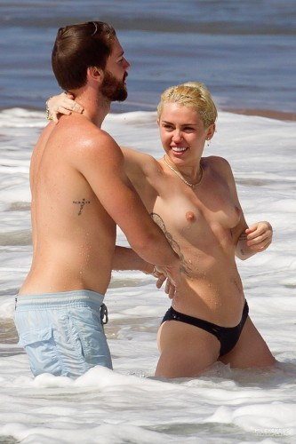 Miley Cyrus – Topless in Hawaii 24 333x500 Miley Cyrus – Hawaii
