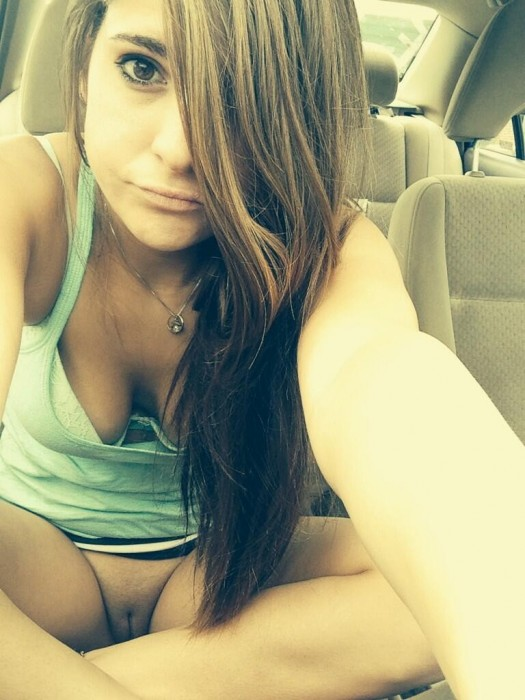 no pants on in her car