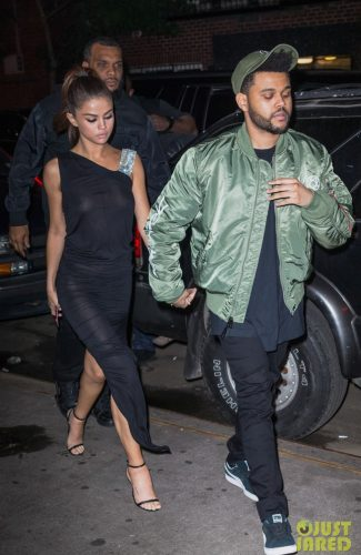 IMG 4466 325x500 Selena Gomez   Out for dinner in NYC 6 6 17