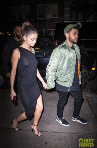 IMG 4467 327x500 Selena Gomez   Out for dinner in NYC 6 6 17