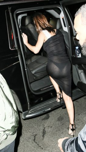 gomez  3  3 282x500 Selena Gomez   Out for dinner in NYC 6 6 17
