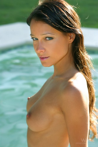 melisa 03 009 333x500 Perfect Girl